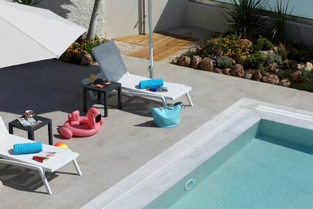Villa Vozos with Private pool & close to beach