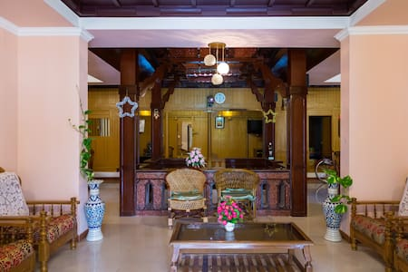 Spacious Private Room near Mararikulam - Bed & Breakfast