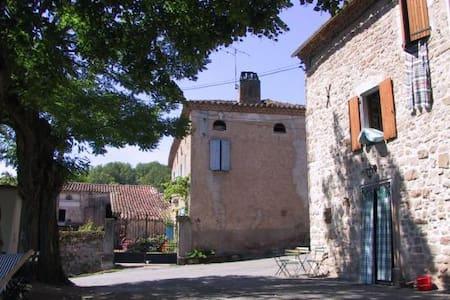 Maison près de Cordes-sur-Ciel - Marnaves