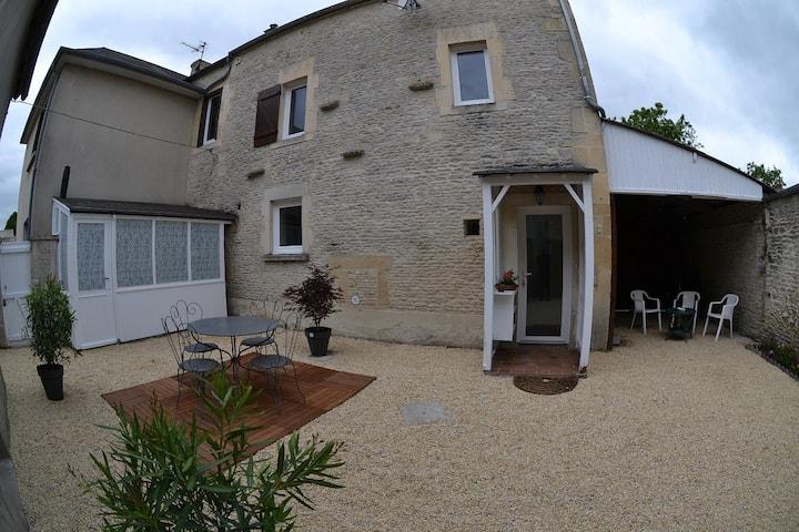 village typique  Axe Caen Bayeux