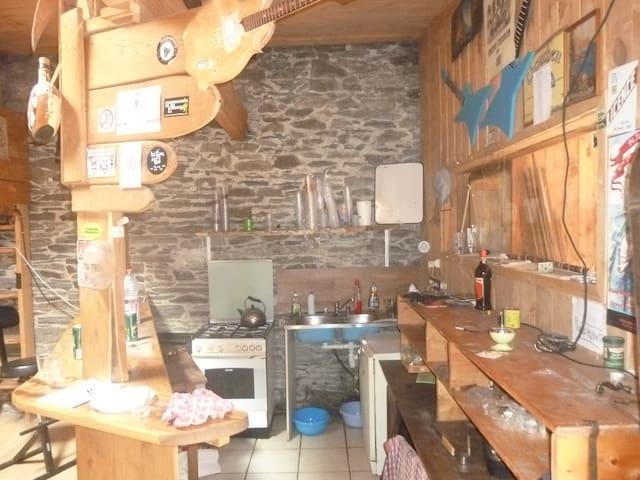 chalet en centre ville - Carhaix-Plouguer - 牧人小屋