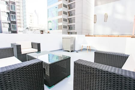 12C  Newly renovated Unit–With Rooftop and Balcony