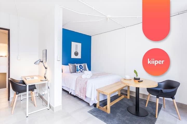 kiiper   Spacious Studio with Home Office   2 PPL