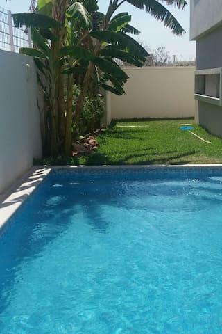 Sweet house《Dar Aicha》S+4, with pool and garden