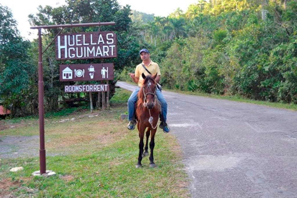 We are conveniently located right off the road in Soroa, with easy access to activities