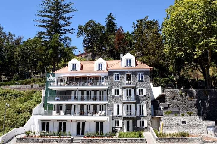 1-bed Superior Apartment in beautiful character Babosas Village Apartments - A1