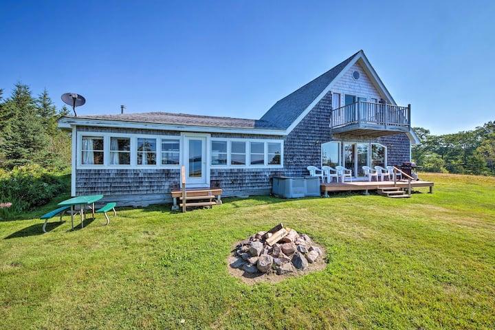 Shorefront House w/Views, 14 Mi to Acadia NP!