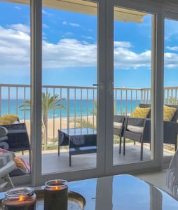LUXURIOUS apartment 10 meters from the BEACH