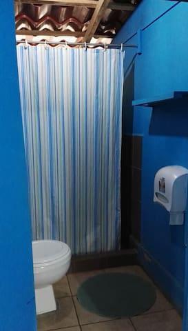 Congos Hermosa Habitación #2 Compartida precio por cama 4 huésped