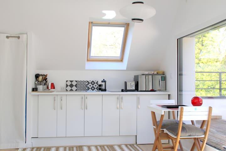 Studio dans un écrin de verdure - Saint-Molf - Appartement