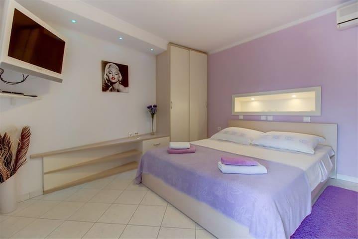 Lovely apartment in Mali Lošinj - Mali Lošinj