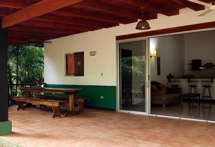 Casa Alban beach villa in Gold Coast of Pacific