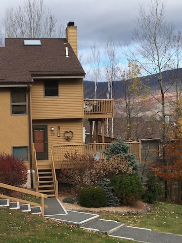 Slopeside Hunter Mountain Condo - Lanesville - Apto. en complejo residencial