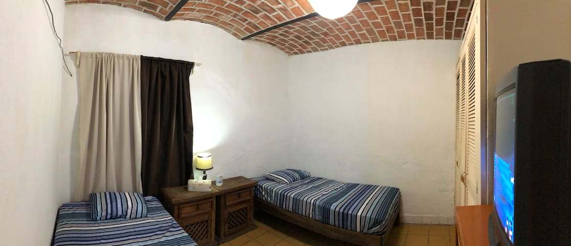 Mi casita de Ajijic - 2 single beds