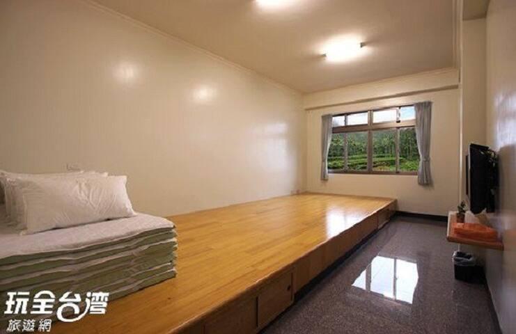 詹德仁茶園民宿 二樓日式六人房 room for 6P
