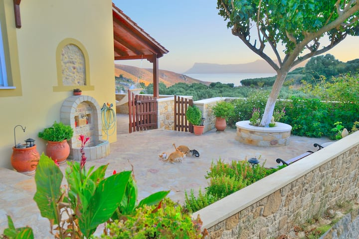 Villa Athina, committed to cleaning protocol