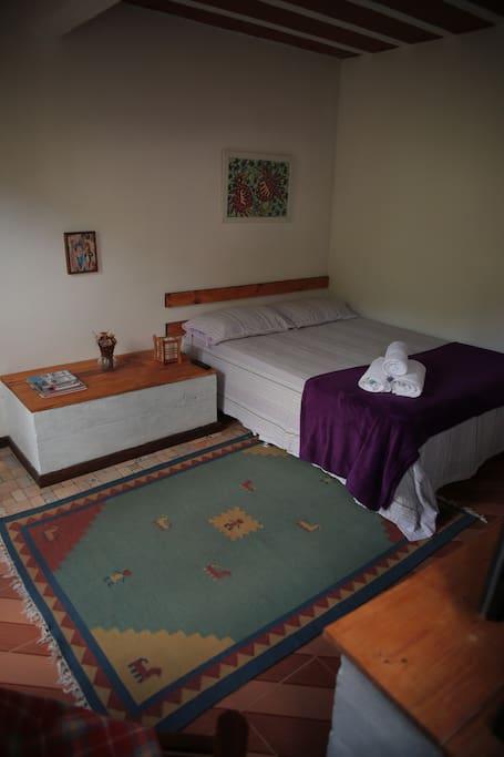 Vista geral do quarto
