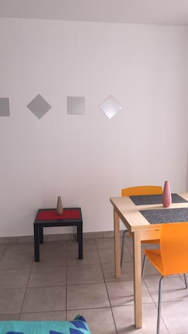 STUDIO SPACIEUX AU CŒUR D'ANNONAY - Annonay - Appartement