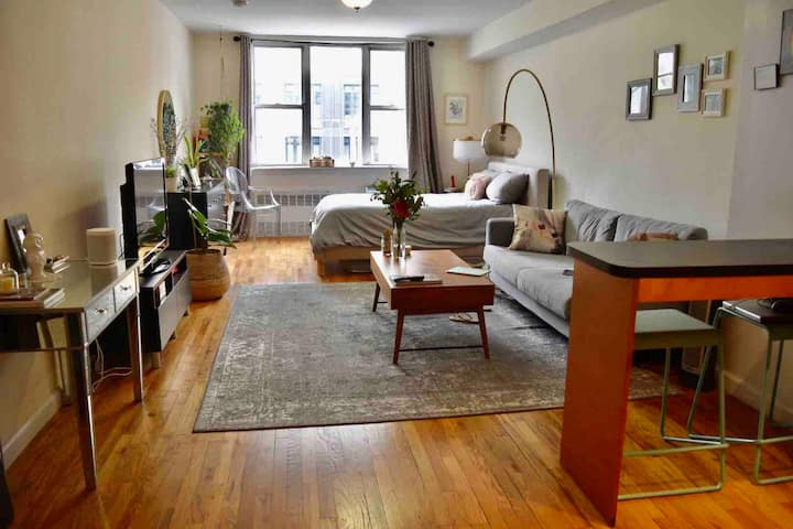 Furnished Studio right btwn West Village/Chelsea