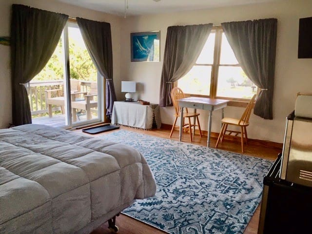 Comfy Studio 1/2 Block from Avon Beach!