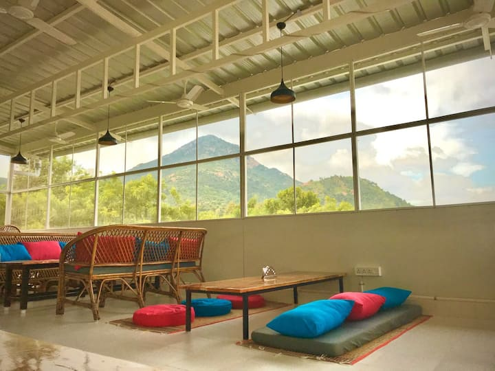 Gorgeous studio close to Ramana ashram