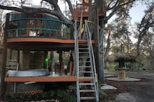Notice hot tub on lower deck DC-10 1920s fire tower stairs
