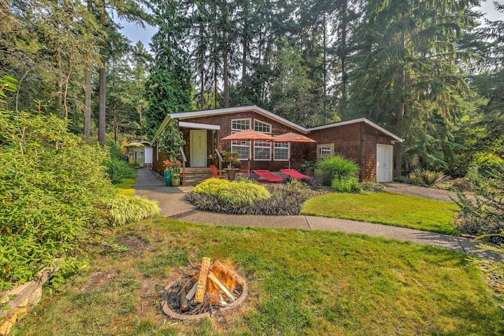 Serene Port Townsend Home on Olympic Peninsula!