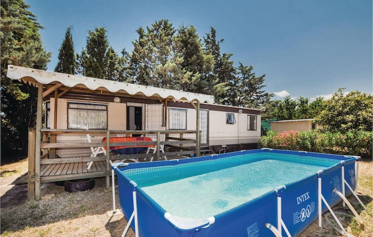 Mobil home with 2 bedrooms on 42m² in Ceret