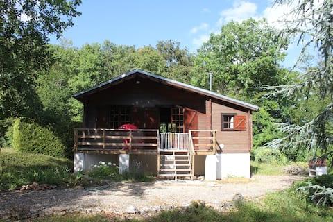 Cottage in quiet area