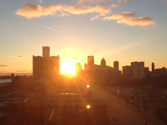 Cool Apt w/ a Stellar View! - Detroit - Leilighet