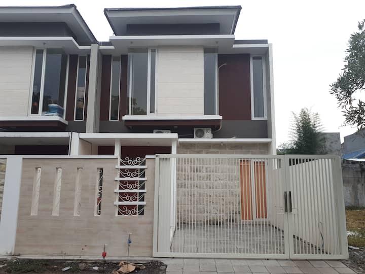 New Home Istana Mentari kota Sidoarjo