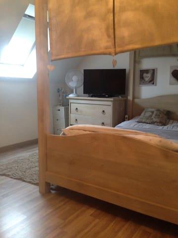 Belle chambre de deux personnes - Lilla - Casa