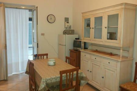 Case vacanze vicino al mare - Puglia, IT - Appartement