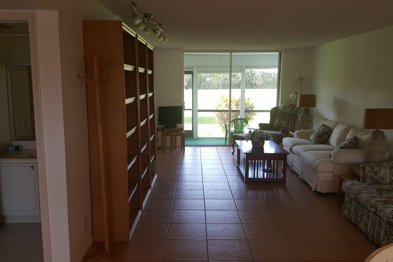 WOW! Gated, FREE GOLF & TENNIS! Pembroke Pines, FL - Condominiums ...