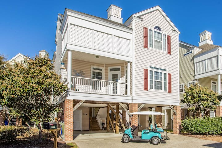 NEW! 4BR Surfside Beach Home w/Comm. Pool, by Pier