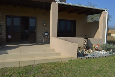 Oppidam Clanwilliam 1 Bedroom S/C Accommodation