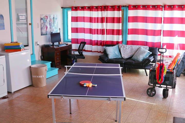 Rec room with dedicated workspace, laundry, ping pong, and beach fun!