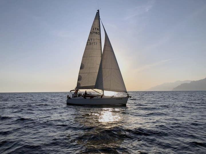 Living the Amalfitan Coast in sail boat!