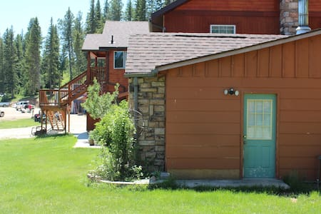 Mad Mountain Small Stay - Deadwood