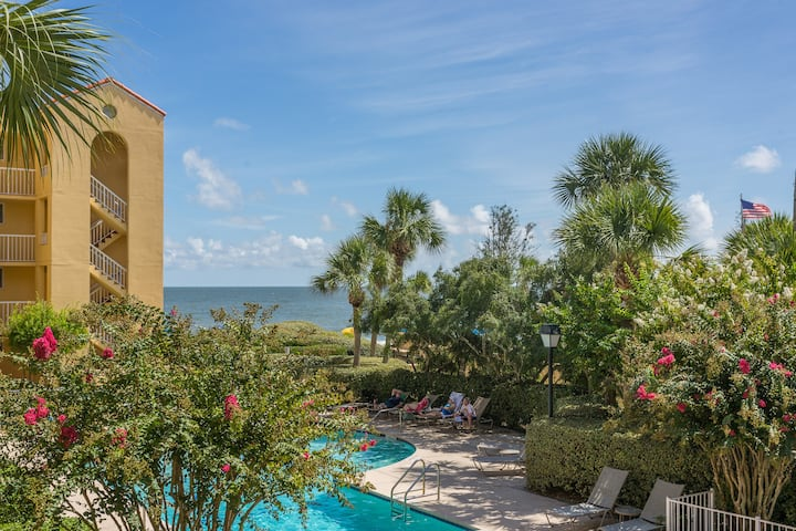 Pool View St. Simons 2BR/2BA Villa, K&P Resort