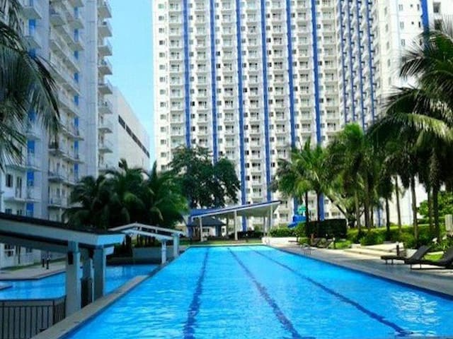 1BR Condo Unit Grass Residence Quezon City
