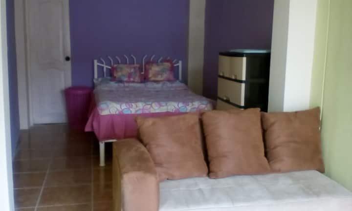 Habitación ubicada norte de Guayaquil