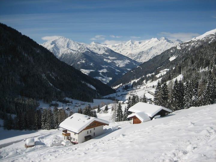 Bio Tscharfhof **Winterzauber & Natur & Familie**
