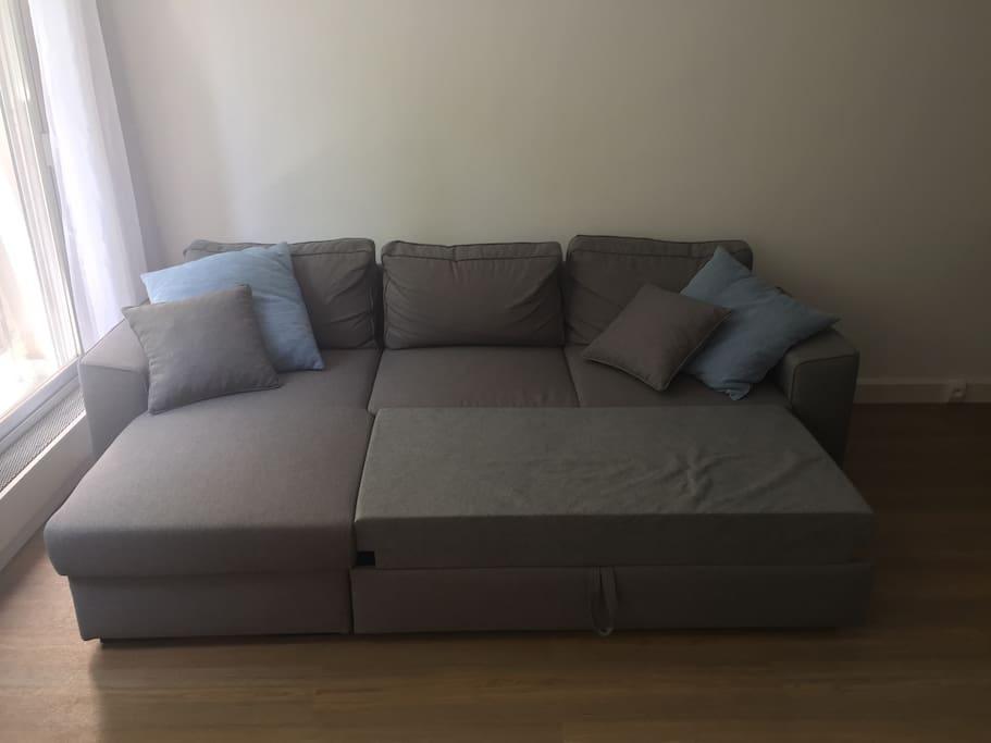 Bed sofa / Canapé-lit