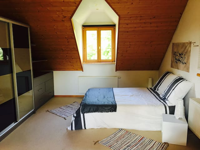 Lalaye-beach, Chambre individuelle 3 personnes