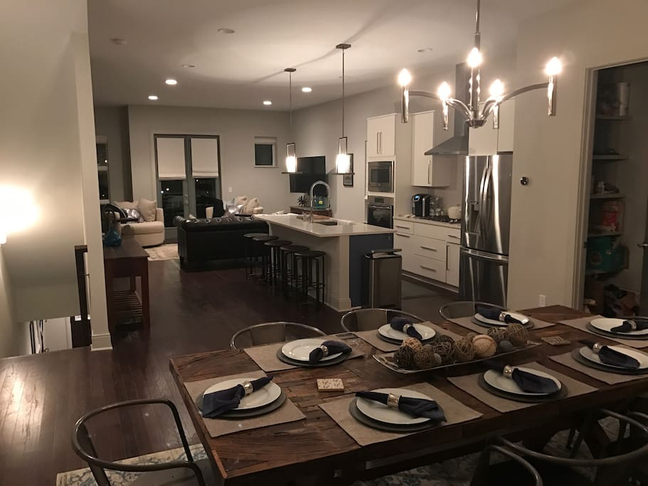 Main floor, open concept.  Perfect for entertaining