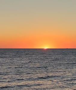 Sunset Beach Share House 2 - Duncraig