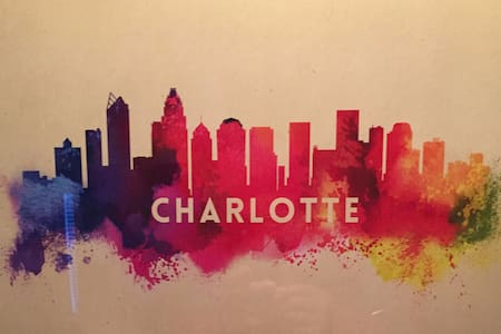 Condo w/ City Vibes ~ Between Uptown & SouthPark - Charlotte - Departamento