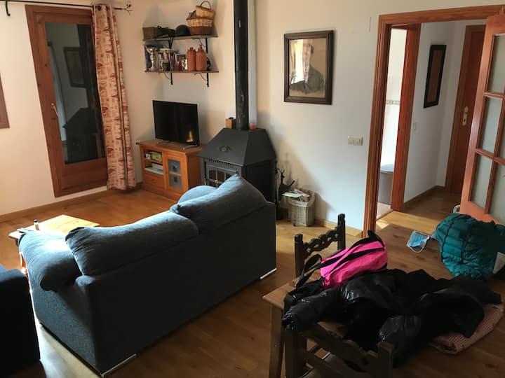 Spacious and central apartment in Benasque.