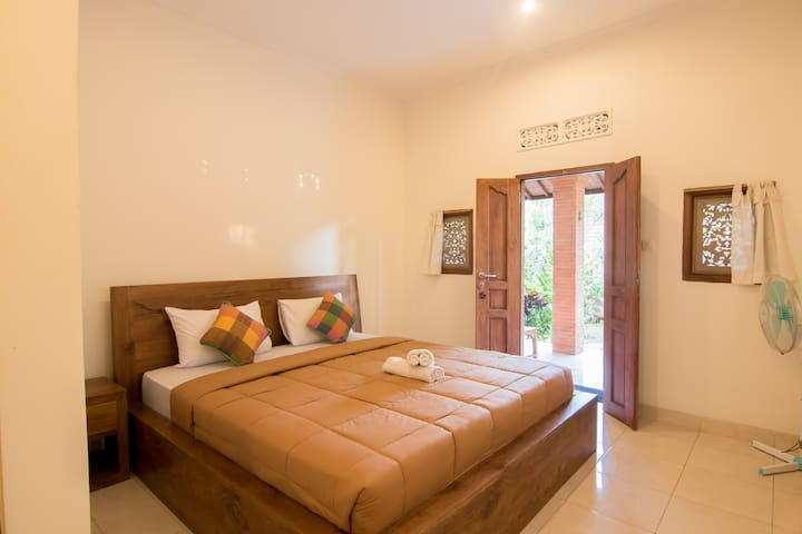 Jempeng Homestay-Affordable price